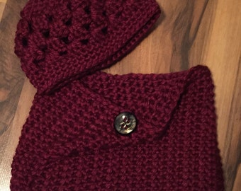 Crocheted Beanie w/matching Cowl Napa Valley Red Photo Prop Hat Scarf Shawl