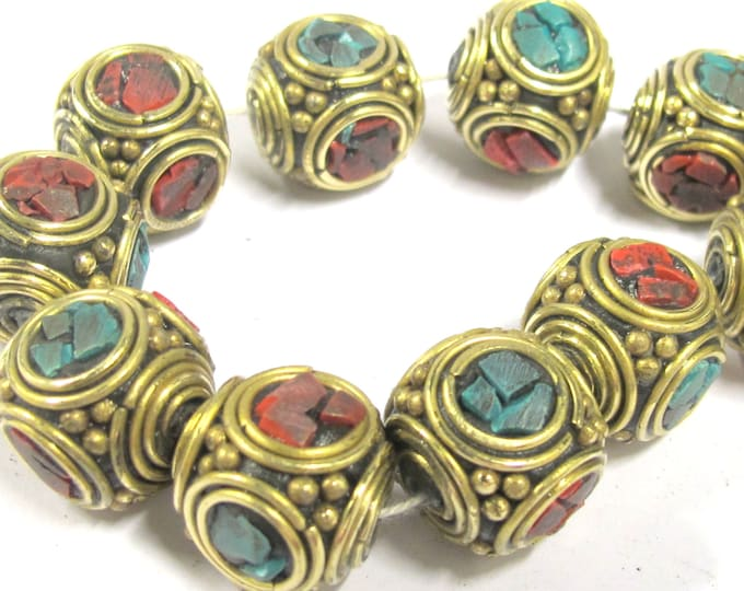 4 beads -  Large 15 -16 mm ethnic Tibetan nepal brass beads with turquoise coral inlay - BD801