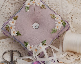 Lavender and Daisies Pincushion - Complete Kit