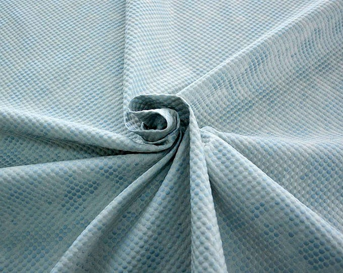 990061-150 Brocade, Co 53%, Pl 37%, Pa 10%, width 140 cm, made in Italy, dry cleaning, weight 279 gr