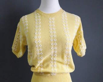 real 1950s daisies sweater, sweater girl sweater, 1940s pinup sweater, good girl sweater, 1950s large plus size volup curvy, 1950s pinup