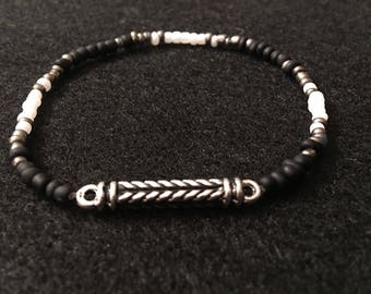 Black, Silver and White Beaded Stretch Cord Bracelet - Beaded Bracelet - Stretch Cord Bracelet