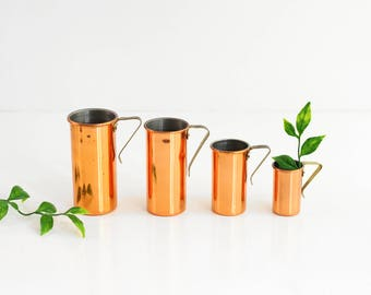 Mid Century Copper and Brass Revere Ware Measuring Cups Set / Vintage Copper Measuring Cups / Copper Revere Ware / Vintage Measuring Cups