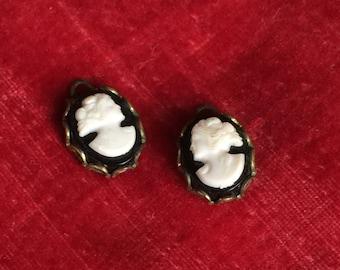 Pair of Miniature Vintage Cameo Pendants, Earrings