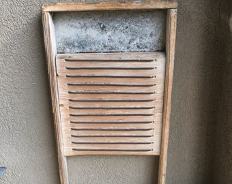 Primitive Antique Washboard Heavy Wash Board Wood & Metal Wires ~ #D2087.2