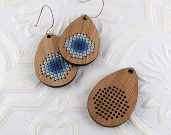 Cross stitch pendant blank, drop with stitch-able circle in bamboo