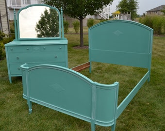 Painted  full/double bed serpentine Footboard.. Headboard/ footboard/ goes with the other blue green pieces