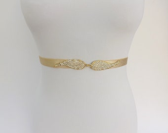 Champagne elastic waist belt. Nude belt. Rhinestone belt. Sparkly belt. Crystals belt. Stretch belt. Bridal belt. Bridesmaids belt.