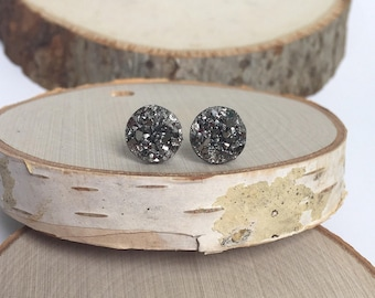 Druzy Earrings - Gun Metal - 10mm