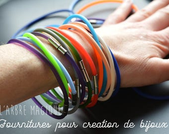 Rubber color choice to customize metal clasp bracelet