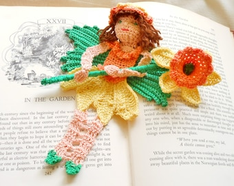 daffodil fairy thread crochet bookmark pattern, spring fairy ornament DIY, fairytale amigurumi instructions crochet daffodil fairy DIY