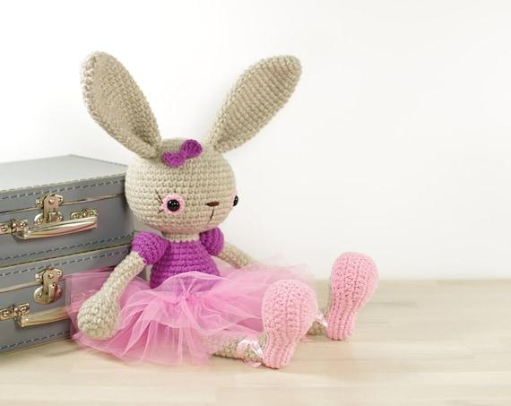 Amigurumi Bunny Ears : Diy adorable long ear sock bunny