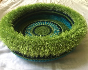 Duster's Hand Crocheted Cat Bed  (no.1807)