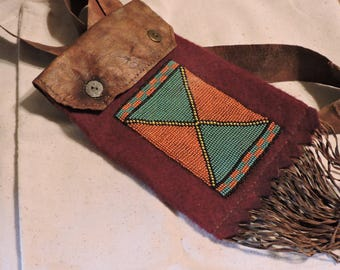 Native American - Beaded Medicine Bag - Museum Quality Reproduction