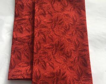 Red Leaf Pattern Cloth Dinner Napkins (2)