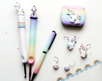 Unicorn Crochet Hook. Ergonomic Crochet Hook. Rainbow gradient. Solid colours. Customize your hook!