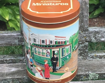 1992 Hershey's Assorted Miniatures Hershey Chocolate Hershey tin Collectible Tin Box Hershey Candy Tin Hershey Boxes LOVE IT ALL Boutique