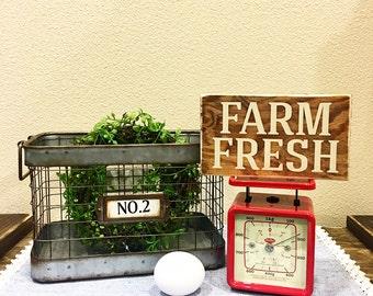 Farm Fresh rustic mini sign