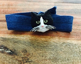 Black cat hair tie