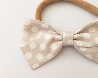 Classic bow in Greige Oversized Dot | Headband or Hair clip