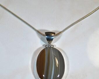 Promotion chalcedony pendant
