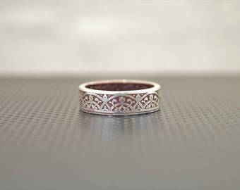 Moroccan Coin Ring, Burgundy Coin Ring, Stained Glass Ring, Burgundy Ring, Coin Art, Morocco, Silver Coin Ring, Moroccan Art, Boho Ring