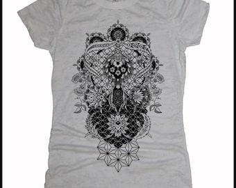 Women's PERENNIALS Mandala Tee Dotwork Sacred Geometry Psychedelic Nouveau Shirt