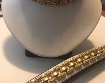 Vintage necklace and bracelet linked set