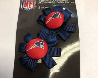 NFL 2-Piece New England Patriots Red Logo Button with Navy Grosgrain Ribbon Bows