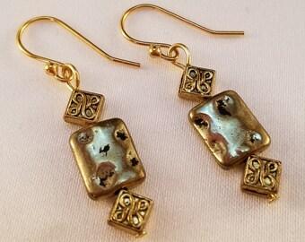Dainty gold dangle earrings