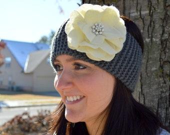Knit Earwarmer/Felt Flower/Pearl Center