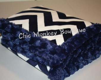 Navy/Ivory Minky Baby Blanket / Chevron Baby Blanket / Baby Shower Gift / Throw Blanket / New Mom Gift / Birthday Gift / Christmas Gift/Gift