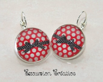 Earrings sleepers cabochons 20 mm red with beige dots and black bow with white polka dots supports metal color silver