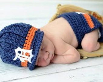 READY TO SHIP! The Original- Detroit Tigers Inspired Newborn Crochet Newsboy Hat and Diaper Cover Set with Old English D Patch / Photo Prop