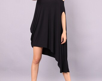 Tunic, Asymmetrical tunic, plus size oversized top, black tunic top by UrbanMood - CO-NENA-VL