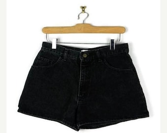 ON SALE Vintage Black High waist Denim Shorts from 90's/W27