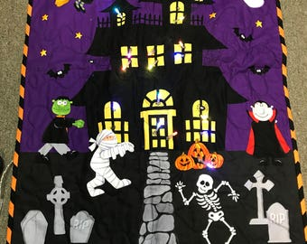 Lighted Haunted House Wall Hanging Kit Quilt Kit Halloween Lights Up!!!!