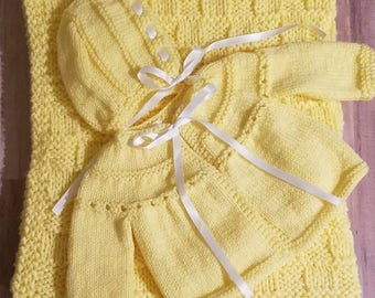 Baby sweater, Baby Blanket, Baby Boy, Baby Girl, Coming Home Outfit, Newborn,  Baby shower gift, Knit baby blanket, Yellow, Neutral