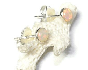 Ethiopian Opal Stud Earrings, 4mm Natural Opal Cabochons in Sterling Silver E132
