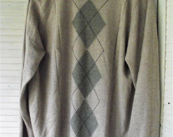 Dockers Sweater/ Man's Large Sweater/ Thrifted Couture/ Lightweight Sweater/ Diamond Pattern Woven/ Shabbyfab Thrift Funwear