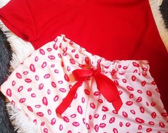 Kisses Set Pajamas/ Red T-shirt and Shorts/ Sizes S-L/ Designer Women Pajama Set