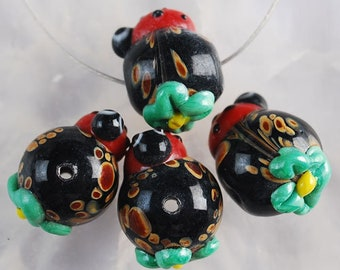 16mm lamp Work Glass Beads   Lady Bug and Flower Beads  16mm Focal Beads
