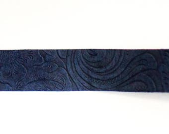 Blue Leather Floral Choker