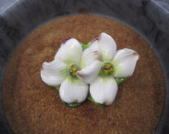 Very pretty water lilies on porcelain brooch