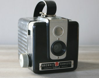 Kodak Brownie Hawkeye Camera / Vintage Kodak Camera