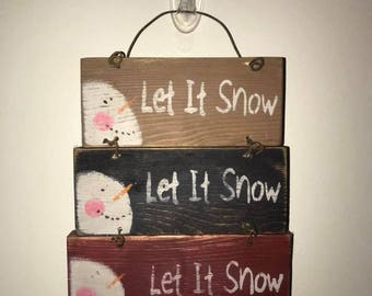 Let it Snow Wall Hanger