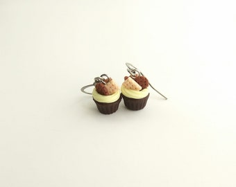 Chocolate cupcake earrings Bakery jewelry Foodie gift Cupcake mom gift Tiny food earrings Cupcake jewelry Pastry earrings Fake food jewelry