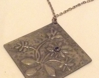 Vintage Large Hammered Pewter And Rhinestone Flower Pendant Necklace