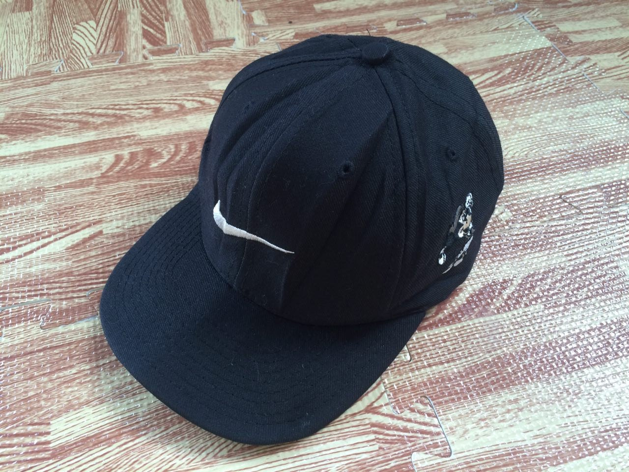 Relatively vintage 80s nike golf Walt Disney mickey mouse golfer cap hat HC93