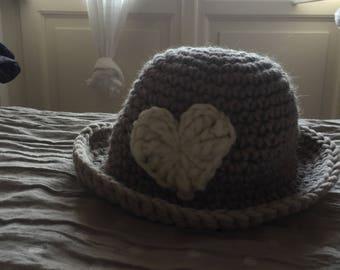 Mini Hat girl